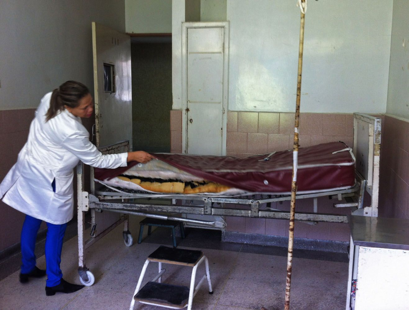 Riesgos del turismo del bisturí y el fenómeno Low Cost Médico