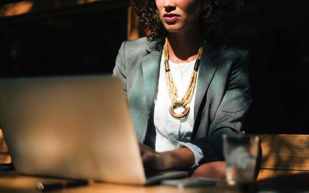 Encuentro «Mujeres y Liderazgo: Impulsando la presencia femenina en puestos directivos»